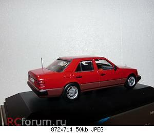 Minichamps 3210 Mercedes-Benz W124 300D Turbo 1987 Minichamps 3210-R.jpg