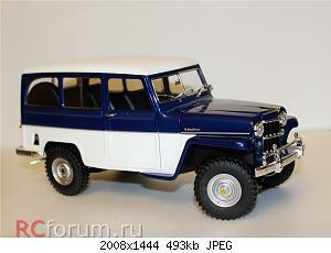 Jeep Willys Station Wagon (1955) 1 18 Lucky Diecast 04.JPG