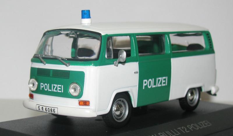 Полицейские Машины Мира №17 Volkswagen Transporter T2
