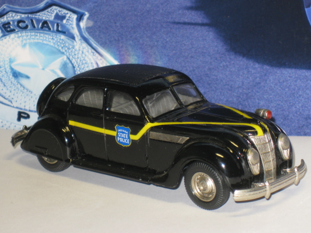 Chrysler Airlow 1935 Indiana state police - Rextoys